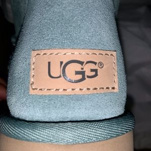 UGG Shoes - NEW AUTHENTIC UGG 8 BAILEY BOW II SUEDE SHEEPSKIN